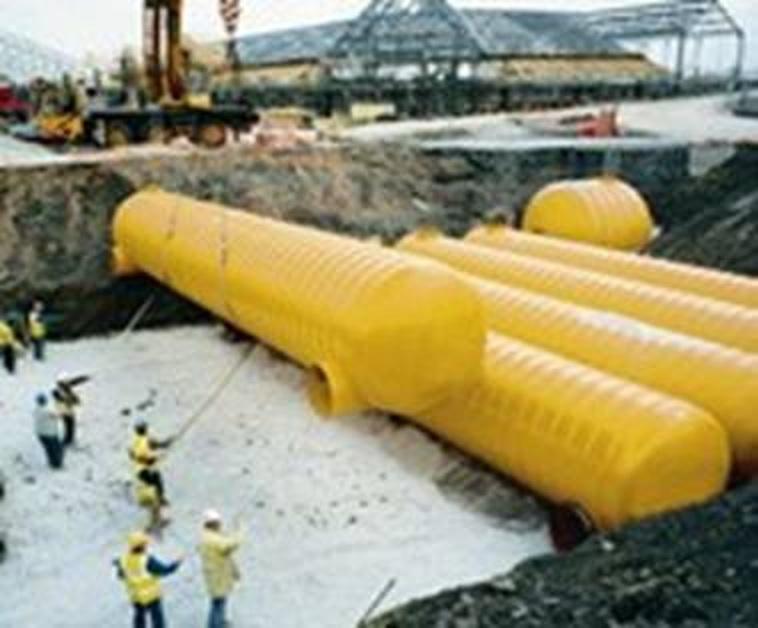 plaatsing van 6x 250m3 water voorraad tanks
